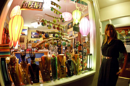 Ventura Storefront: Betty B and Donna